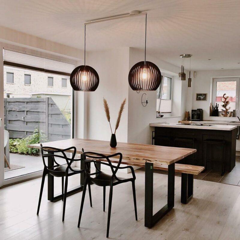 Lightswing Twin Mat wit - houten tafel